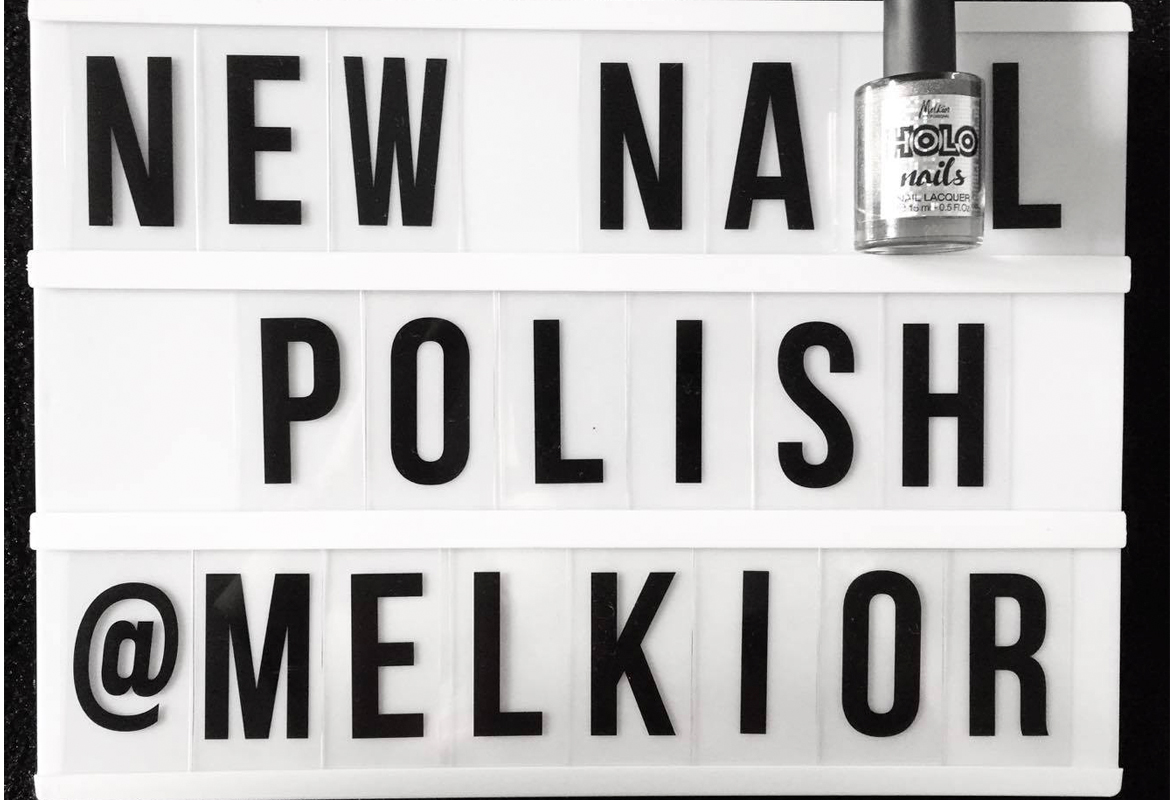 holo-nails-melkior
